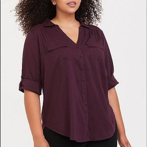 Nwt Torrid size 3 Purple Madison button blouse